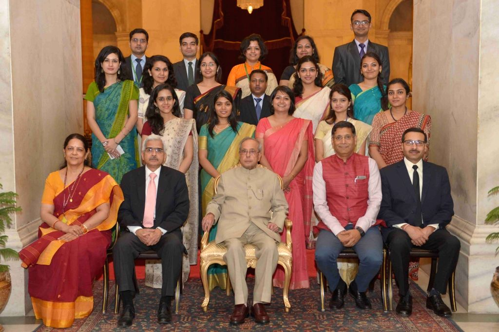"President Pranab Mukherjee with the Officer Trainees of the Indian Economic Service of 2014 (II) Batch, at Rashtrapati Bhavan, in New Delhi on May 10, 2016. (Photo"" IANS/RB) - Pranab Mukherjee"
