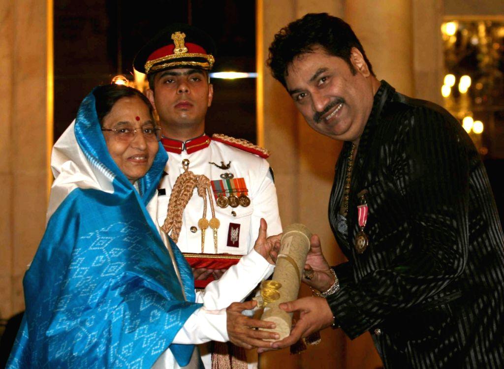 President Pratibha Patil presenting Padma Shri award 2009 to bollywood singer Kumar Shanu during Padma Awards ceremony at Rashtrapati Bhawan in New Delhi on Tuesday.