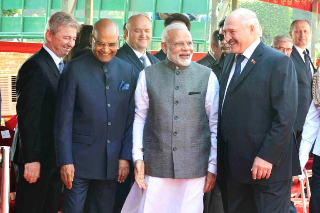 President Ram Nath Kovind and Prime Minister Narendra Modi receives Alexander Lukashenko, President of the Republic of Belarus during his ceremonial reception at Rashtrapati Bhavan on ... - Narendra Modi and Nath Kovind