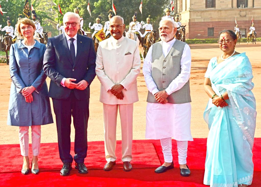 President Ram Nath Kovind and Prime Minister Narendra Modi with German President Frank-Walter Steinmeier during a Ceremonial Reception at Rashtrapati Bhavan in New Delhi on March 24, 2018. - Narendra Modi and Nath Kovind