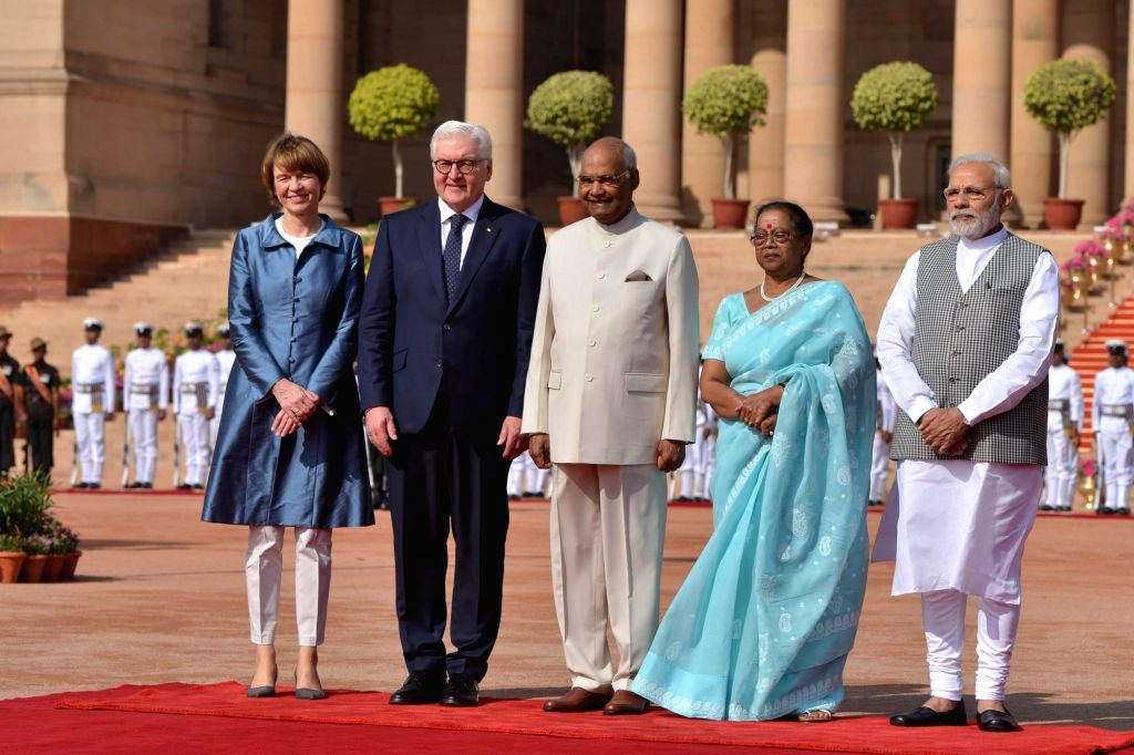 President Ram Nath Kovind and Prime Minister Narendra Modi with German President Frank-Walter Steinmeier and his wife Elke Büdenbender during a Ceremonial Reception at Rashtrapati Bhavan ... - Narendra Modi and Nath Kovind