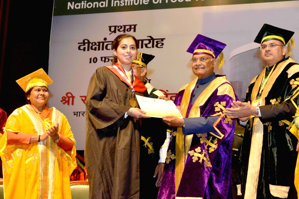 President Ram Nath Kovind awards degree to a student during the 1st Convocation of National Institute of Food Technology Entrepreneurship and Management (NIFTEM) in Haryana's Sonipat ... - Nath Kovind