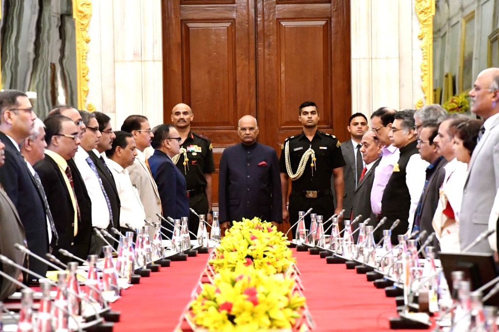 President Ram Nath Kovind chairs the meeting with Directors of NITs, IIEST, SPAs, IIIT and IITs(PPP),in New Delhi, on July 19, 2018. - Nath Kovind