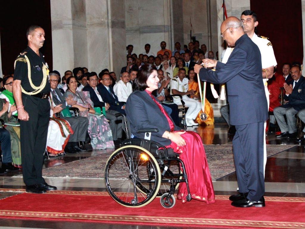 President Ram Nath Kovind confers Khel Ratna on Paralympic silver-medallist Deepa Malik during National Sports and Adventure Awards 2019 at Rashtrapati Bhavan, in New Delhi on Aug 29, 2019. - Malik and Nath Kovind