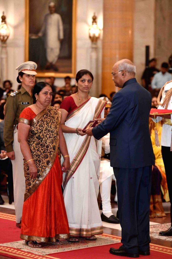 President Ram Nath Kovind confers Shaurya Chakra - Gallantry Awards on Late Central Reserve Police Force (CRPF) Head Constable Dhanawade Ravindra Baban (posthumous) during the 2019 Defence ... - Nath Kovind