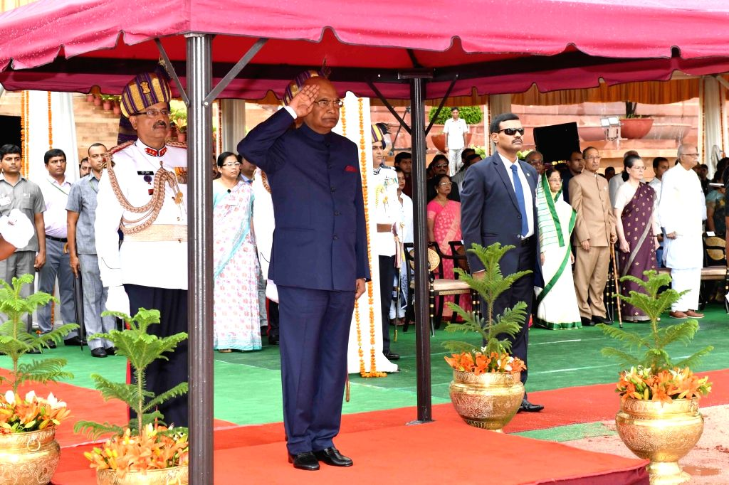 President Ram Nath Kovind gives National Salute at Forecourt, Rashtrapati Bhavan in New Delhi, on July 25, 2017. - Nath Kovind