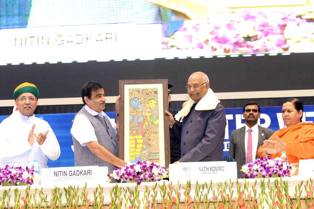 President Ram Nath Kovind inaugurating the India Water Week-2017 at Vigyan Bhavan in New Delhi on Oct. 10, 2017. Also seen Union Ministers Nitin Gadkari, Uma Bharti, Arjun ram Meghwal and ... - Nitin Gadkari, Uma Bharti, Arjun, Nath Kovind and Satya Pal Singh