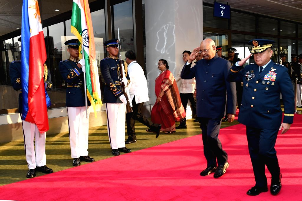 President Ram Nath Kovind inspects the Guard of Honour on his arrival at Aquino Ninoy International Airport in Manila, Philippines on Oct 17, 2019. - Nath Kovind