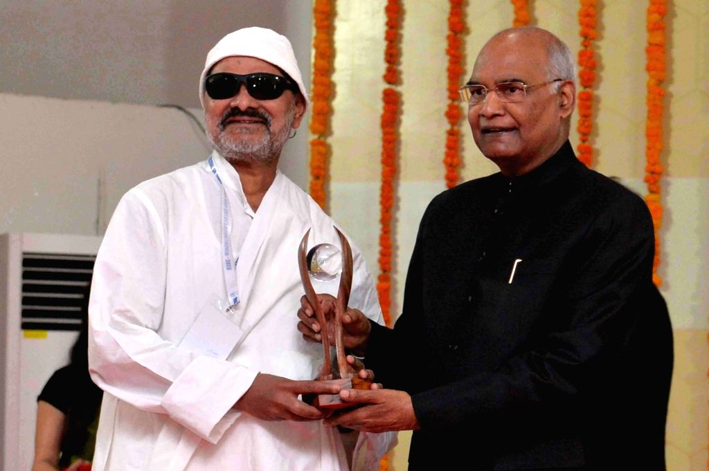 President Ram Nath Kovind presents 10th biennial National Grassroots Innovation Awards at National Innovation Foundation in Amrapur, Gandhinagar on March 15, 2019. - Nath Kovind