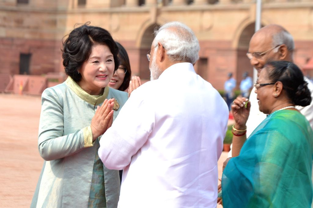 President Ram Nath Kovind, Prime Minister Narendra Modi receives the President of the Republic of Korea, Moon Jae-in at Rashtrapati Bhavan on July 10, 2018. - Narendra Modi and Nath Kovind
