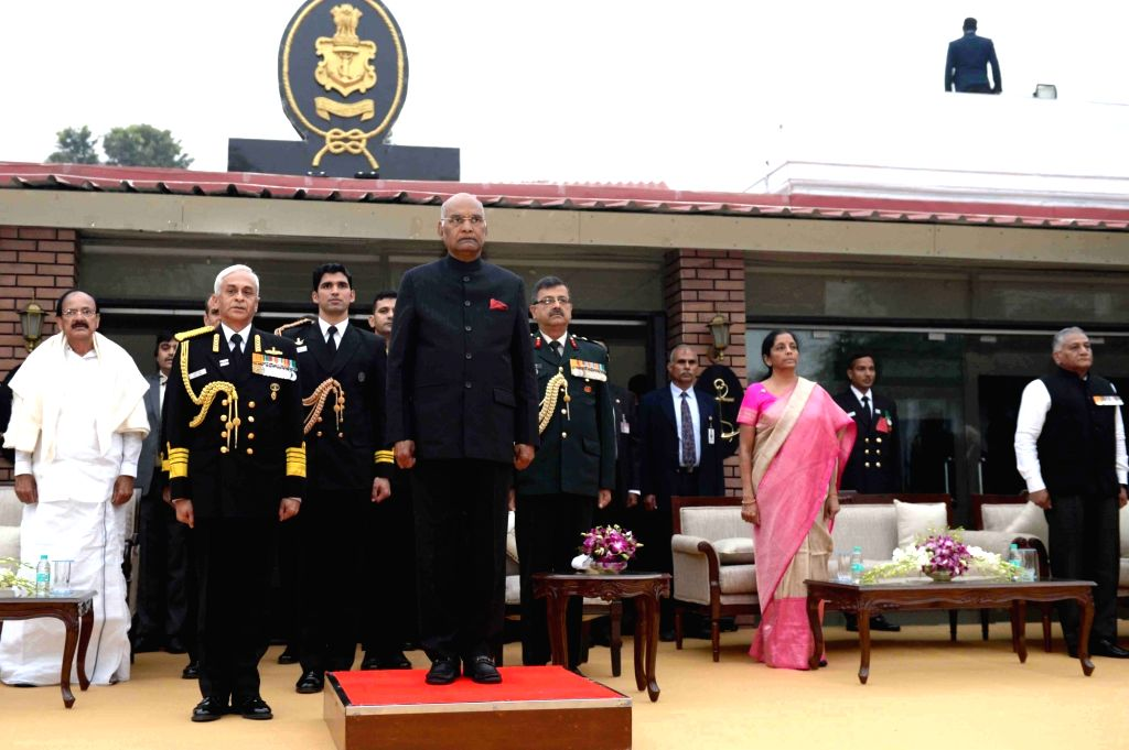 President Ram Nath Kovind, Vice President Venkaiah Naidu, Defence Minister Nirmala Sitharaman, Union MoS External Affairs VK Singh and Navy chief Admiral Sunil Lanba during a reception on ... - Nirmala Sitharaman, Venkaiah Naidu and Nath Kovind