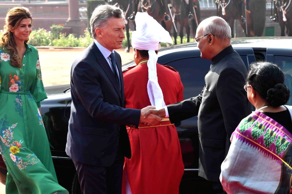 President Ram Nath Kovind welcomes Argentina President Mauricio Macri during a ceremonial reception organised for him at Rashtrapati Bhawan in New Delhi, on Feb 18, 2019. - Nath Kovind