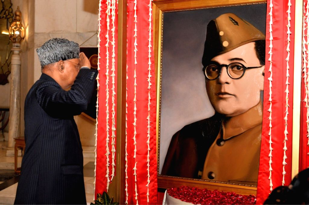 President unveiled Netaji's painting and not of any actor'.(photo:TwitterPresident of India @rashtrapatibhvn)