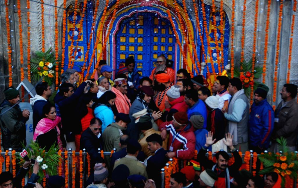 Priests perform rituals before opening the portals of the Kedarnath shrine in Uttarakhand on May 9, 2016.