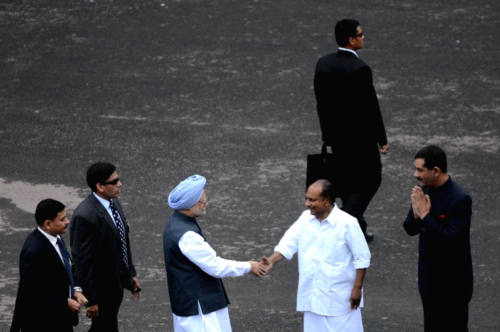 Prime Minister Manmohan Singh being greeted at the Red Fort by Defence Minister AK Antony and Minister of State for Defence, Jitendra Singh in New Delhi on August 15, 2013. (Photo::: IANS)