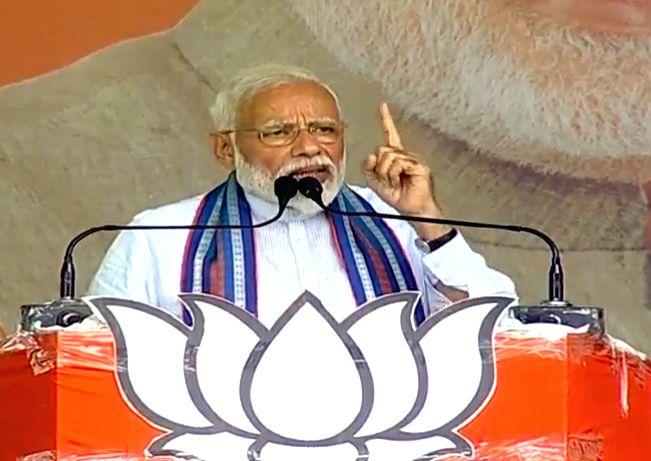 Prime Minister Narendra Modi addresses a public rally in Basti, Uttar Pradesh on May 4, 2019. - Narendra Modi