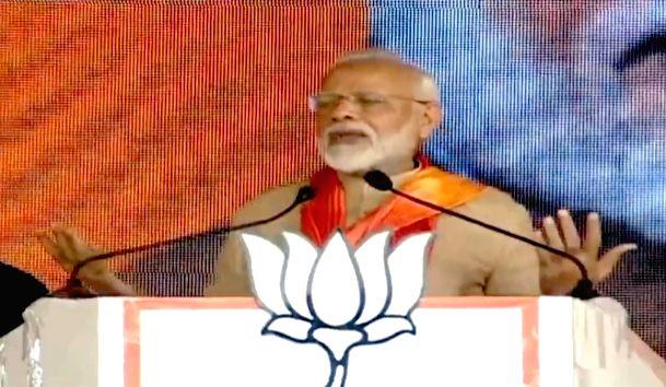 Prime Minister Narendra Modi addresses a public meeting in Thanesar, Haryana on Oct 15, 2019. - Narendra Modi