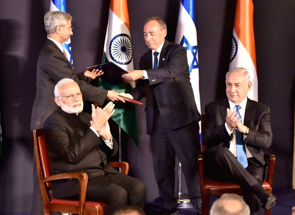 Prime Minister Narendra Modi and Israeli Prime Minister Benjamin Netanyahu witness the exchange of agreements between India and Israel, in Jerusalem, Israel on July 5, 2017. - Narendra Modi