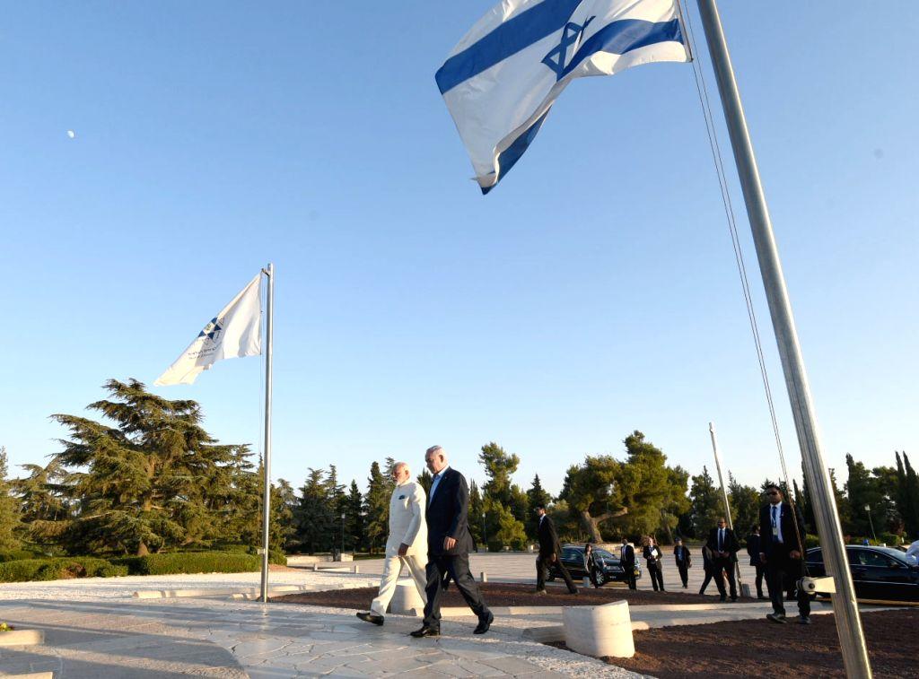 Prime Minister Narendra Modi and Israeli Prime Minister Benjamin Netanyahu visits the grave of Benjamin Ze'ev (Theodor) Herzel (Visionary of the State), in Jerusalem, Israel on July 4, 2017. - Narendra Modi