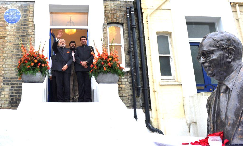 Prime Minister Narendra Modi  and Maharashtra Devendra Fadnavis at Dr. Bhimrao Ramji Ambedkar Memorial, in London on Nov 14, 2015. - Narendra Modi