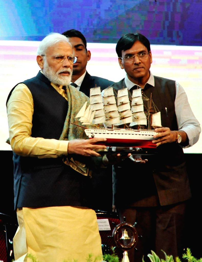 Prime Minister Narendra Modi and MoS for Shipping (Independent Charge) and Chemicals & Fertilizers Mansukh L. Mandaviya during the 150th anniversary celebrations of Kolkata Port Trust, ... - Narendra Modi