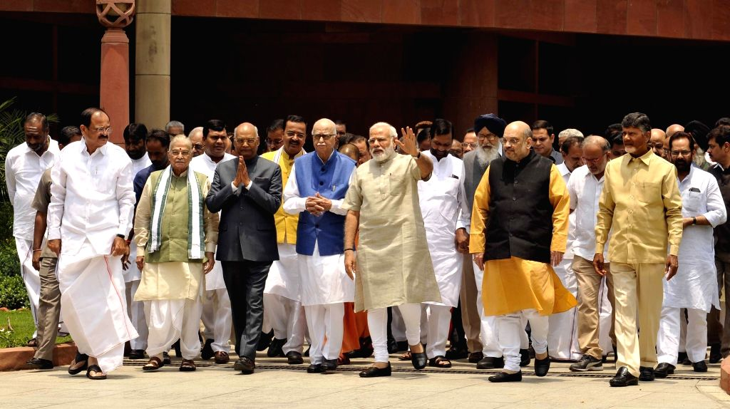 Prime Minister Narendra Modi and NDA presidential candidate Ram Nath Kovind with BJP leaders Venkaiah Naidu, LK Advani, Amit Shah,  Telugu Desam Party (TDP) president N. Chandrababu Naidu ... - Narendra Modi, Venkaiah Naidu, Nath Kovind, Amit Shah and N. Chandrababu Naidu