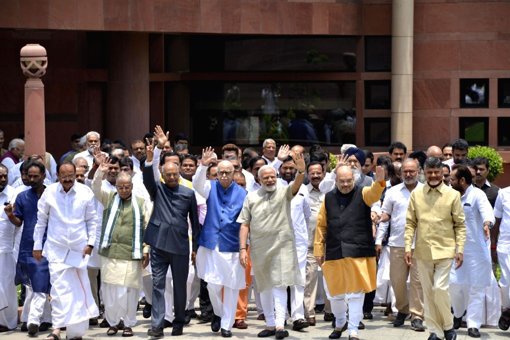 Prime Minister Narendra Modi and NDA presidential candidate Ram Nath Kovind with BJP leaders Murli Manohar Joshi, LK Advani, Amit Shah, Telugu Desam Party (TDP) president N. Chandrababu ... - Narendra Modi, Nath Kovind, Murli Manohar Joshi, Amit Shah and N. Chandrababu Naidu