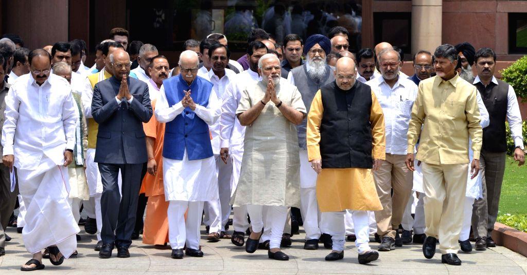 Prime Minister Narendra Modi and NDA presidential candidate Ram Nath Kovind with BJP leaders Venkaiah Naidu,  LK Advani, Amit Shah,  Telugu Desam Party (TDP) president N. Chandrababu Naidu ... - Narendra Modi, Venkaiah Naidu, Nath Kovind, Amit Shah and N. Chandrababu Naidu