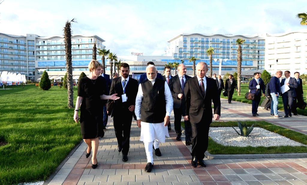 Prime Minister Narendra Modi and Russian President Vladimir Putin visit Sirius - an incubator for gifted children in Sochi, Russia on May 21, 2018. - Narendra Modi