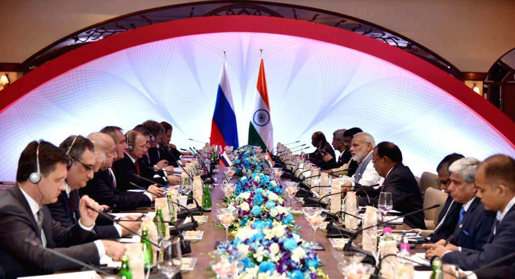 Prime Minister Narendra Modi and the President of Russian Federation, Vladimir Putin at the delegation level talks between India and Russia, in Goa on October 15, 2016. - Narendra Modi