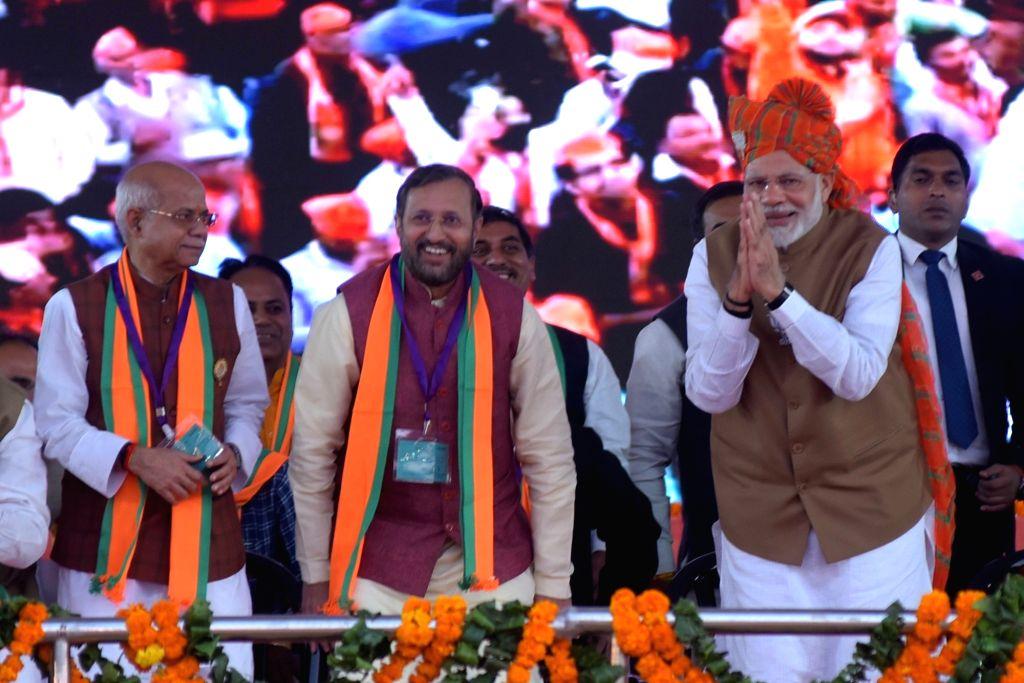 Prime Minister Narendra Modi and Union Minister Prakash Javadekar during a BJP rally in Jaipur on Dec 4, 2018. - Narendra Modi