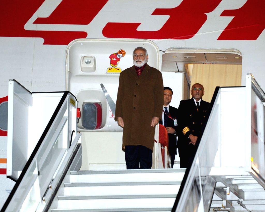 Prime Minister Narendra Modi arrives at Brussels Military Airport, Belgium on March 30, 2016. - Narendra Modi