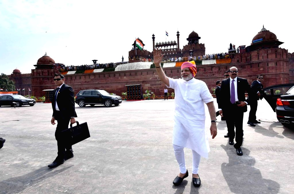 Prime Minister Narendra Modi arrives at Red Fort, on the occasion of 70th Independence Day, in Delhi on Aug 15, 2016. - Narendra Modi