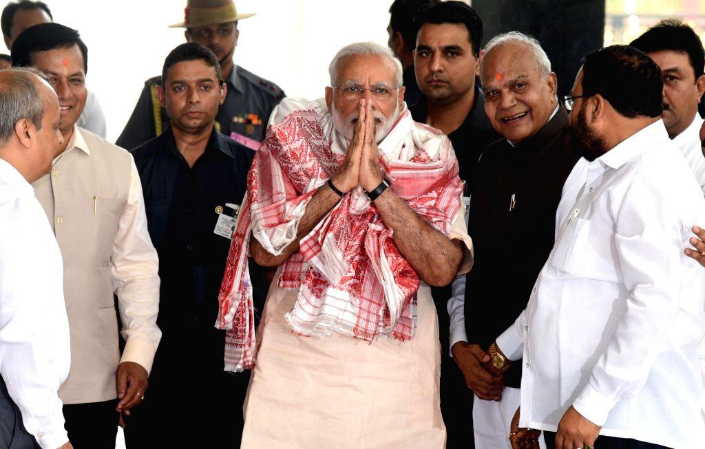 Narendra Modi at a flood review meeting