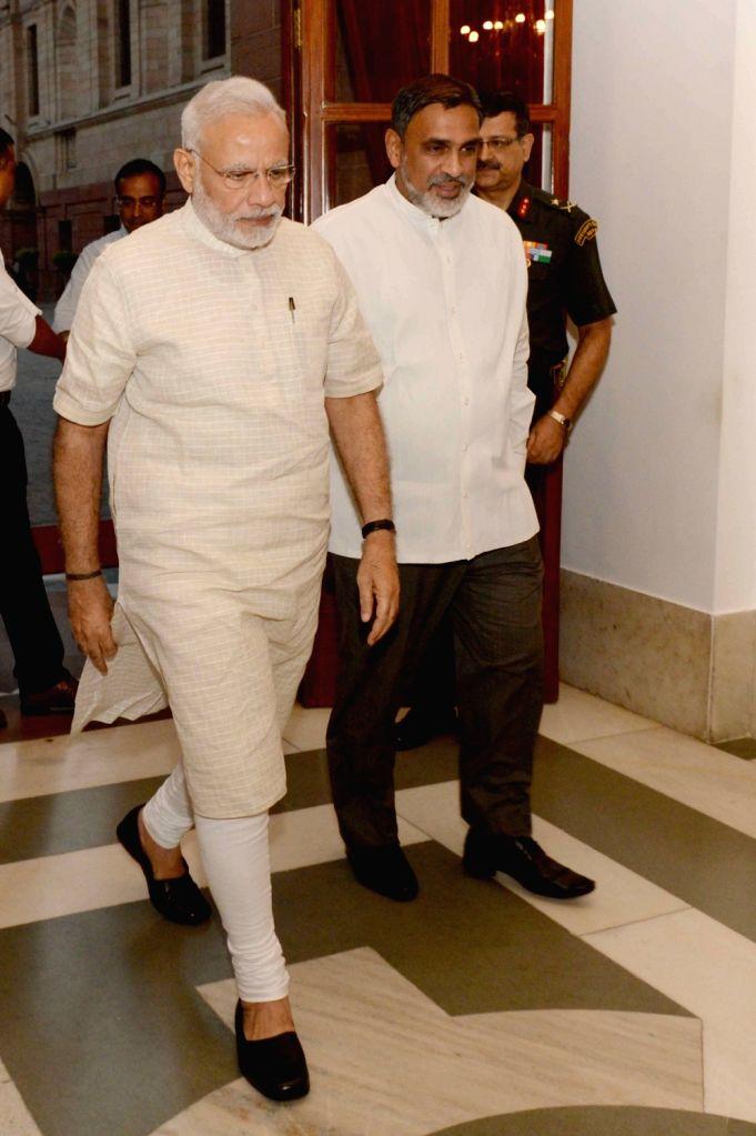 Prime Minister Narendra Modi arrives to meet President Pranab Mukherjee at Rashtrapati Bhavan in New Delhi on Sept 19, 2016. - Narendra Modi and Pranab Mukherjee