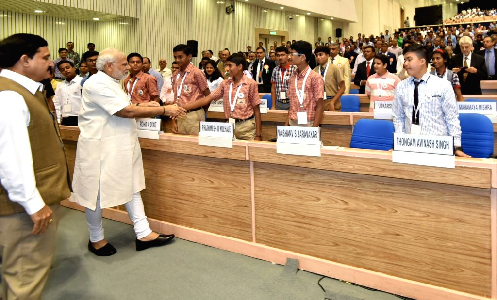 Prime Minister Narendra Modi at the CSIR Platinum Jubilee Celebrations, in New Delhi on September 26, 2016. The Minister of State for Science & Technology and Earth Sciences Y.S. ... - Narendra Modi