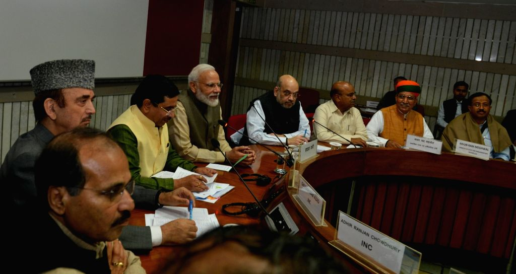 Prime Minister Narendra Modi attends the All Parties ers Meet, in New Delhi on Nov. 17, 2019. Also seen Union Home Minister Amit Shah and Congress leader Ghulam Nabi Azad. - Narendra Modi and Amit Shah