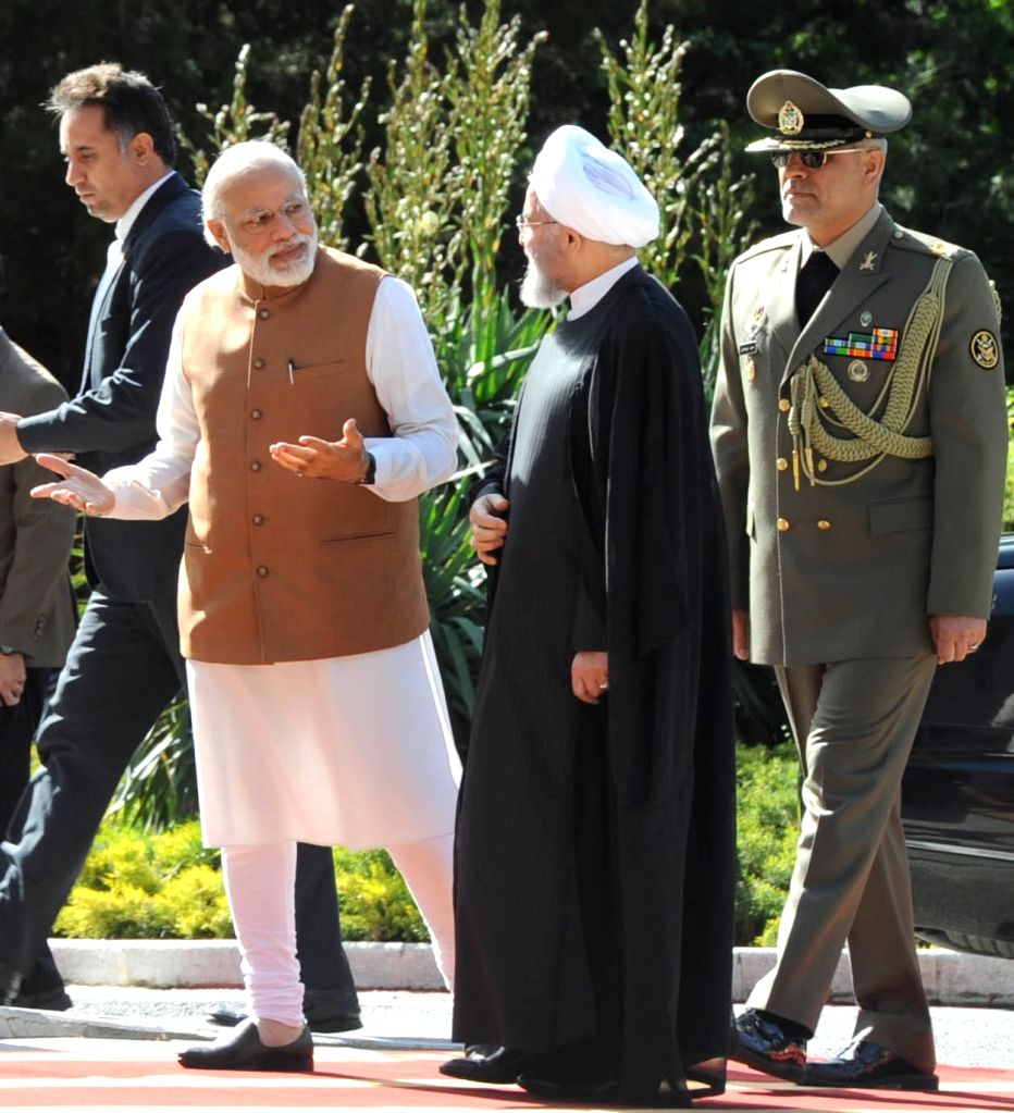 Prime Minister Narendra Modi being received by the President of Iran, Hassan Rouhani, at his ceremonial welcome, at Saadabad Palace, in Tehran on May 23, 2016. - Narendra Modi