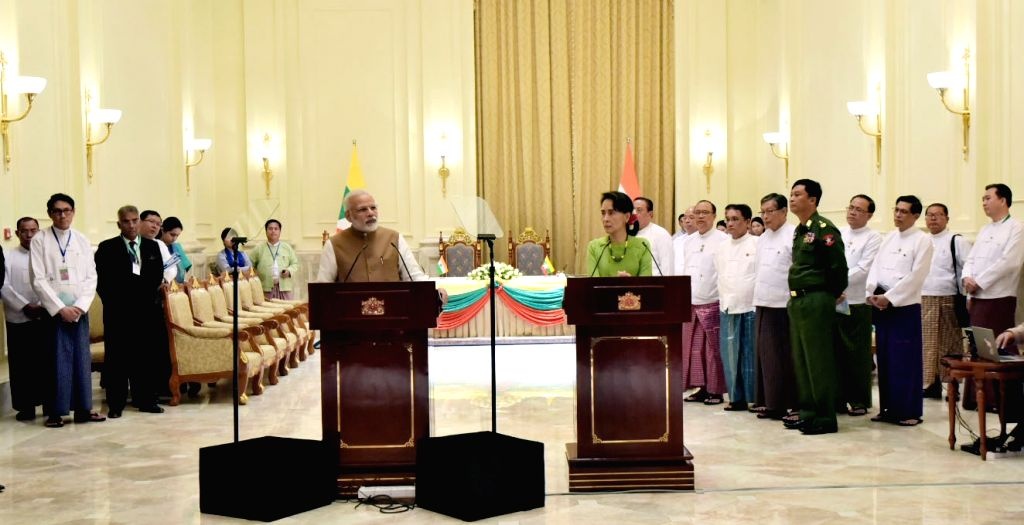 Prime Minister Narendra Modi delivers his statement during the joint media briefing with the State Counsellor of Myanmar Aung San Suu Kyi at Presidential Palace in Naypyidaw, Myanmar  on ... - Narendra Modi
