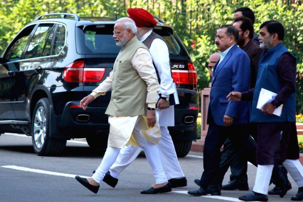 Prime Minister Narendra Modi during BJP Parliamentary Party meeting at Parliament House in New Delhi on Nov 22, 2016. - Narendra Modi