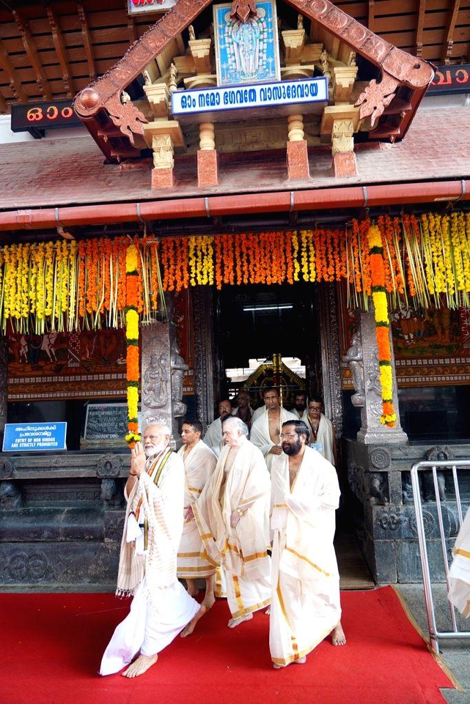 Prime Minister Narendra Modi during his visit to the Sri Krishna Temple in Guruvayur of Thrissur in Kerala, on June 8, 2019. - Narendra Modi
