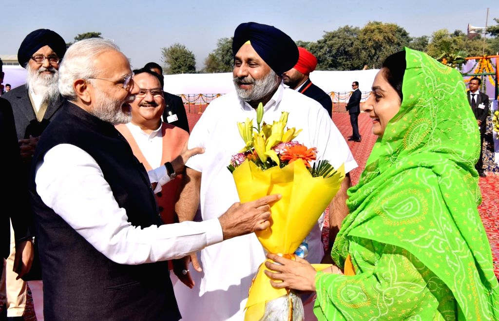 Prime Minister Narendra Modi during the Foundation Stone laying ceremony of All India Institute of Medical Sciences (AIIMS) in Bathinda on Nov 25, 2016. Also seen Punjab Chief Minister ... - Narendra Modi, J, Parkash Singh Badal, Sukhbir Singh Badal and Harsimrat Kaur