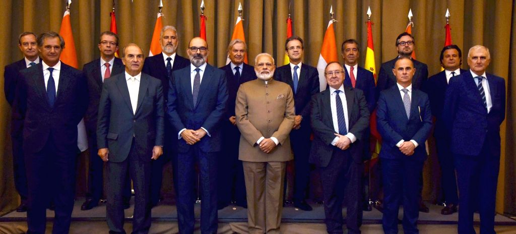 Prime Minister Narendra Modi in a group photograph with Spanish CEOs, in Madrid, Spain on May 31, 2017. - Narendra Modi