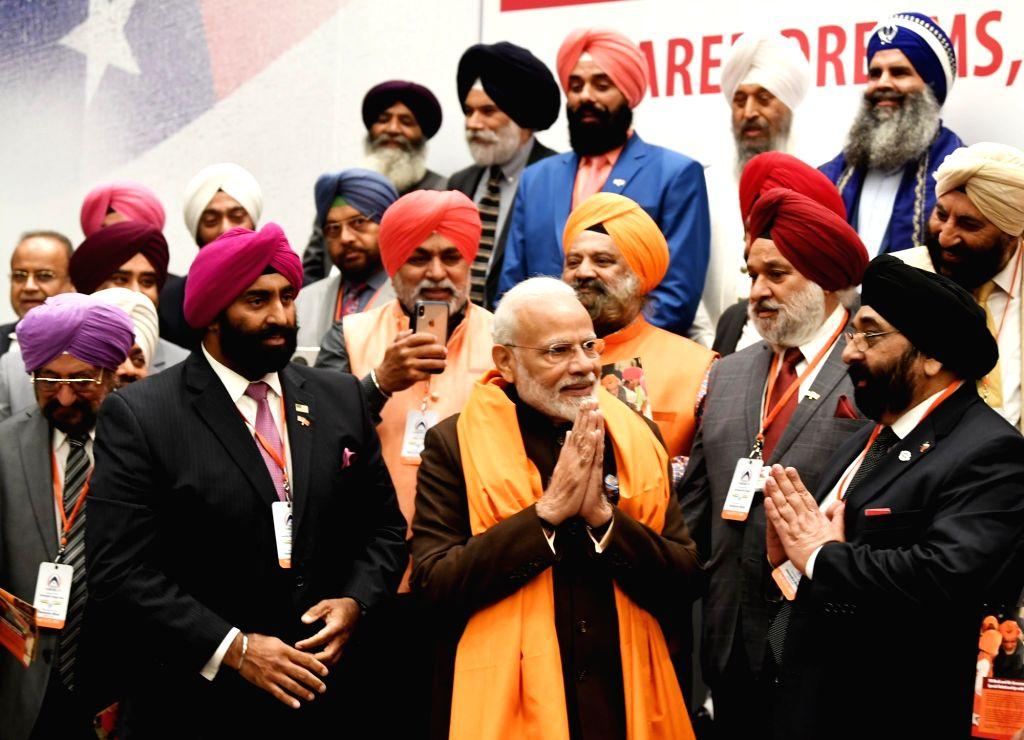 Prime Minister Narendra Modi interacting with the Sikh Community, in Houston, USA on Sep 22, 2019. - Narendra Modi