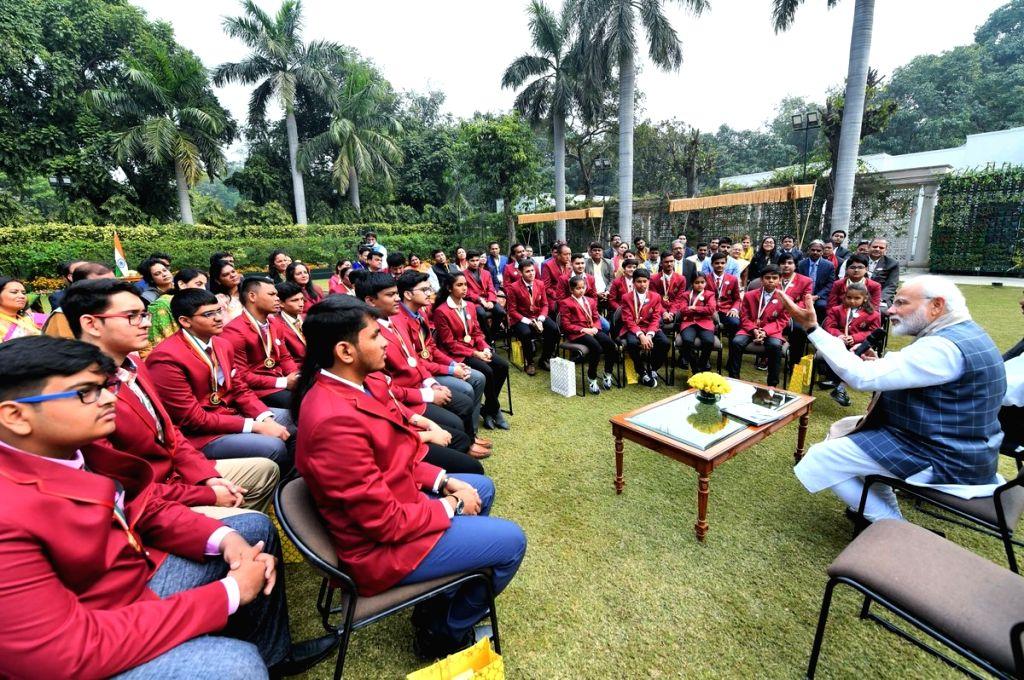 Prime Minister Narendra Modi interacts with the winners of Rashtriya Bal Puraskar 2019 in New Delhi, on Jan 24, 2019. - Narendra Modi
