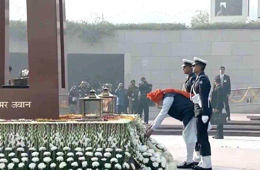 Prime Minister Narendra Modi lays wreath at National War Memorial on the occasion of India's 71st Republic Day, in New Delhi on Jan 26, 2020. - Narendra Modi
