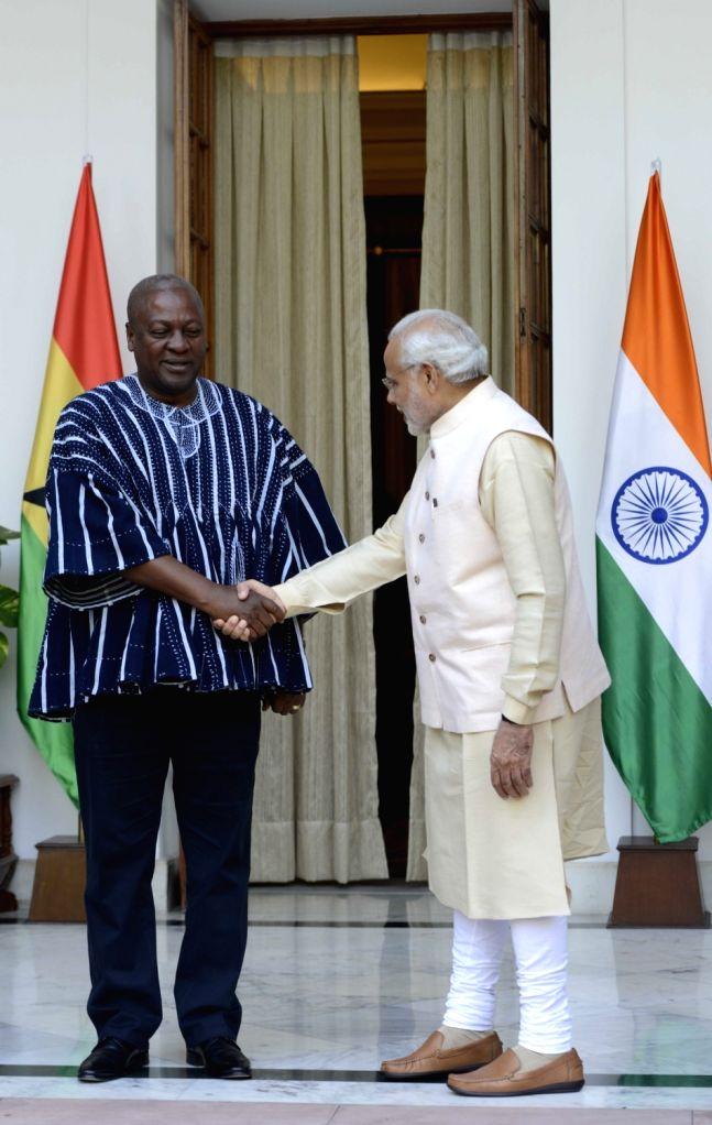Prime Minister Narendra Modi meets the Ghana President John Dramani Mahama during the 3rd India Africa Forum Summit, in New Delhi on Oct 28, 2015. - Narendra Modi