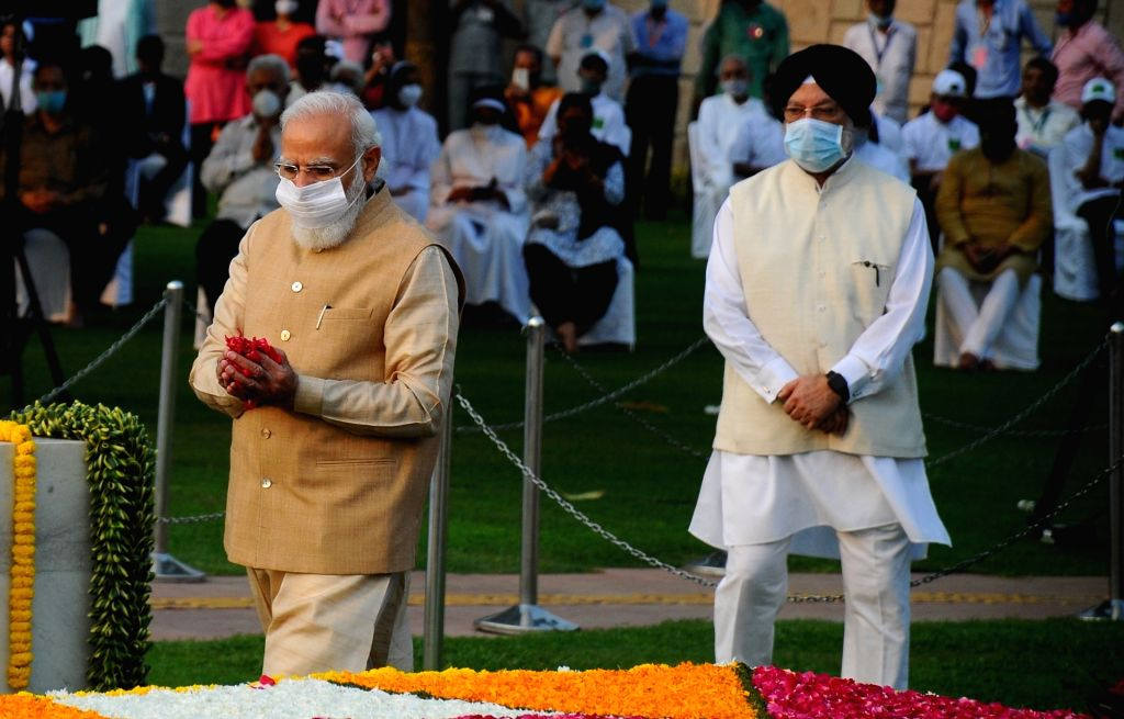 Prime Minister Narendra Modi pays homage to Mahatma Gandhi on the occasion of his 152nd birth anniversary, at Rajghat in New Delhi on Saturday, 02, 2021. - Narendra Modi