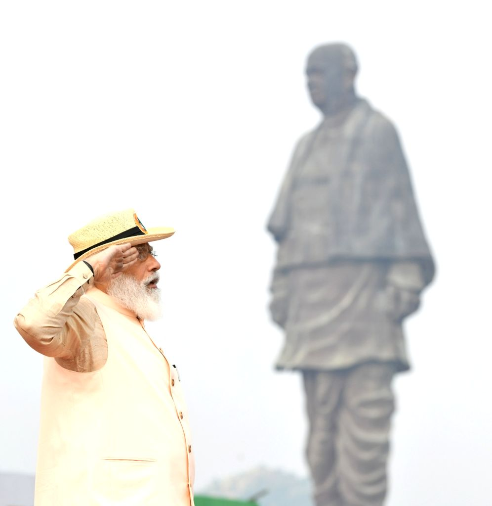 Prime Minister Narendra Modi pays tributes to the first Deputy Prime Minister of India Sardar Vallabhbhai Patel on his 145th birth anniversary, at the Statue of Unity in Kevadia, Gujarat on ... - Narendra Modi and Sardar Vallabhbhai Patel