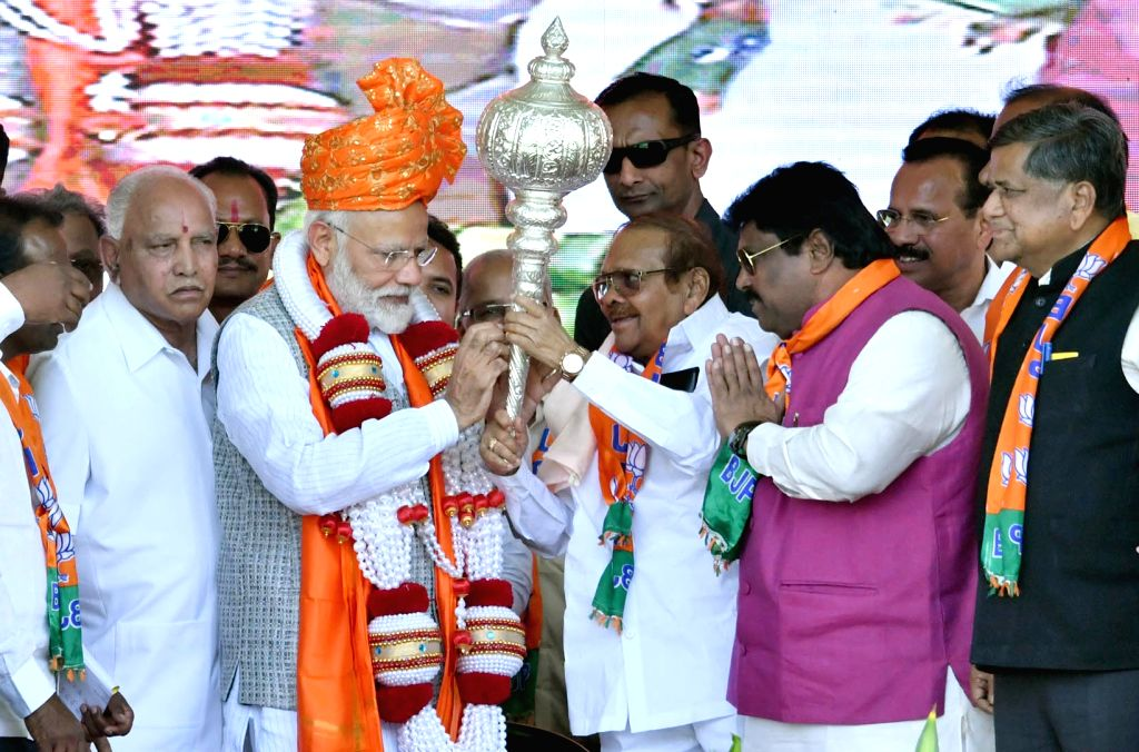 Prime Minister Narendra Modi receives a warm welcome during a public meeting in Karnataka's Kalaburagi, on March 6, 2019. - Narendra Modi